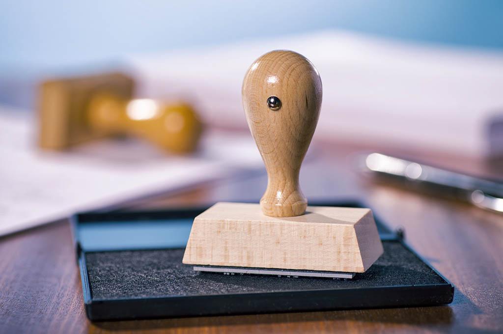 Materiale personalizzato per ufficio a venezia santi targhe for Materiale per ufficio